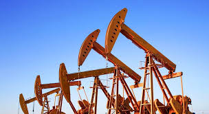 Нафта торгується в червоній зоні в очікуванні нових поставок.