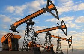 Нафта дешевшає на тлі швидкого заповнення світового резервуарного парку.