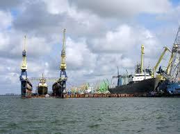 ДБР викрило схему контрабанди російського палива.