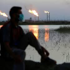 Нафта дешевшає: економічні побоювання компенсують скорочення поставок.