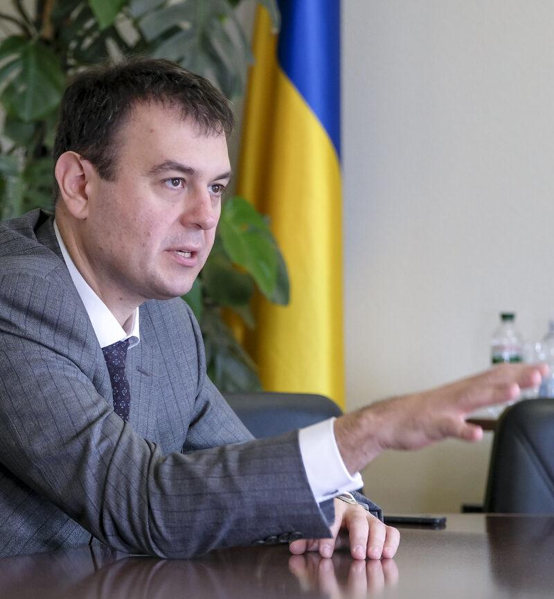 Гетманцев заявив про провал боротьби з нелегальним ринком пального.